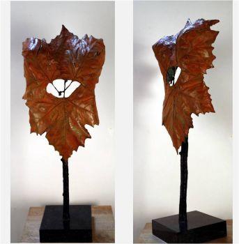 Torso leaves by Rob van den Broek