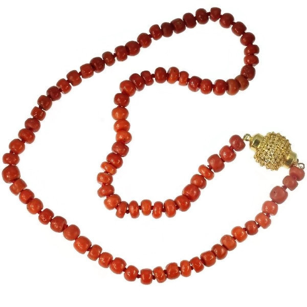 Dutch Victorian antique coral bead necklace with gold filigree closure by Unknown Artist