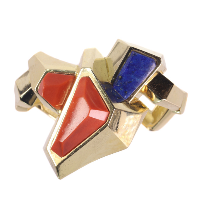 Vintage Seventies Pop-Art matching set gold bracelet and ring with coral and lapis lazuli by Unknown Artist