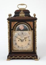 An English table clock with date and moonphase for the Dutch market, James Smith, circa 1770 by James Smith London
