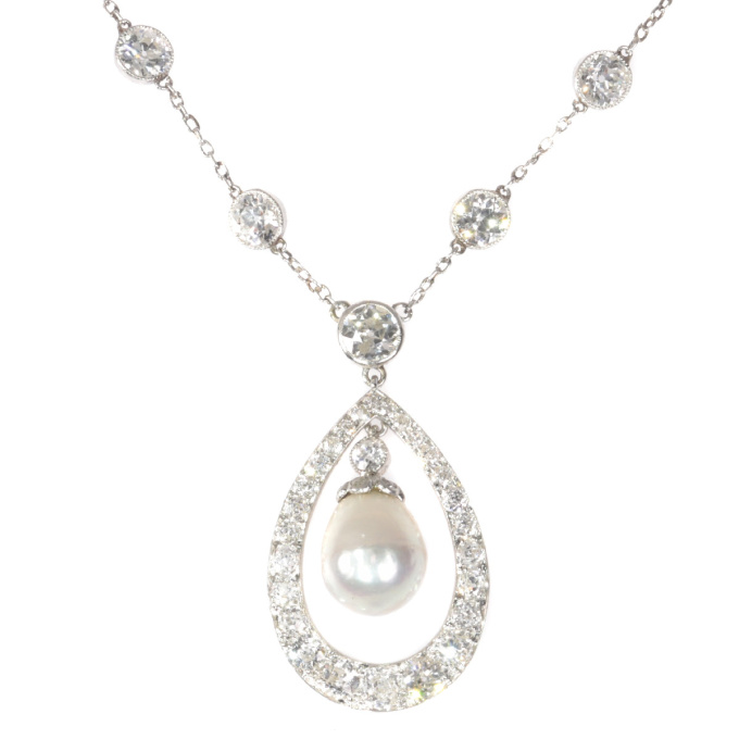 Platinum Art Deco diamond necklace with natural drop pearl of 7 crts by Unknown Artist