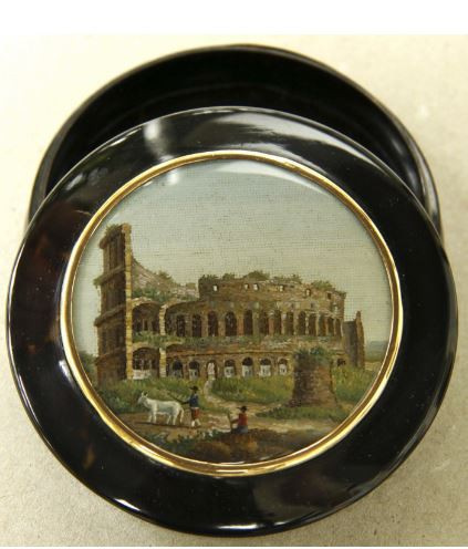 Snuff box, made of tortoise shell with a micromosaic representing the Colosseum mounted in a gold frame. by Unknown Artist