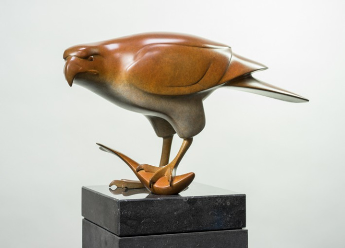 Roofvogel met vis no 3 by Evert den Hartog