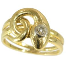 Antique diamond head snake ring 18kt yellow gold by Unknown Artist