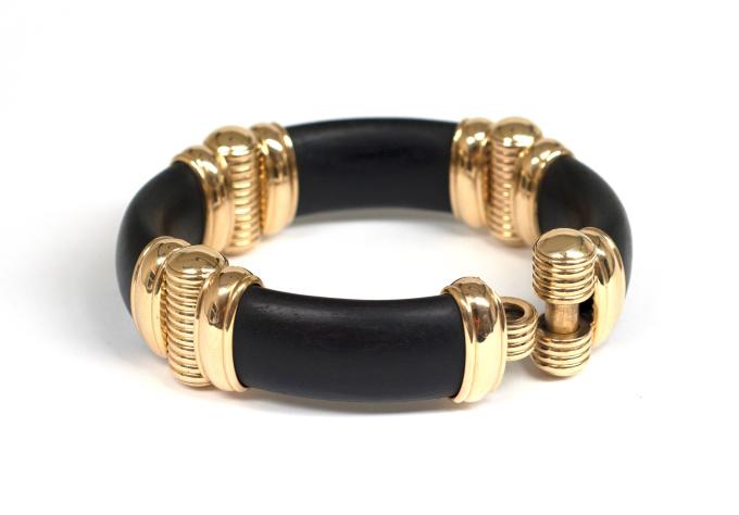 Ebony, 18 krt gold, bracelet by Puck Eigenmann