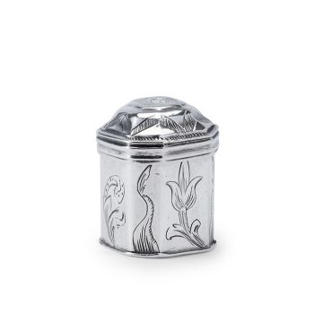 Dutch silver snuff box by Boudewijn de Gidts