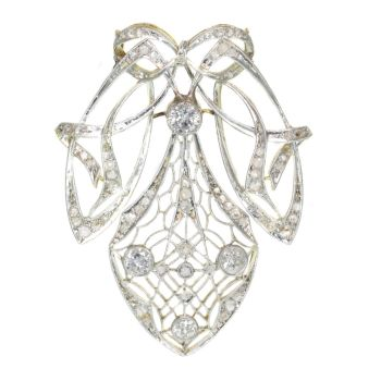 Strong design Art Nouveau diamond pendant that can be worn as a brooch too by Unknown Artist