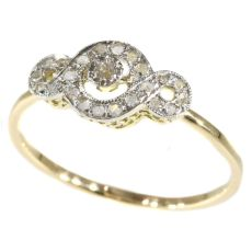 Charming diamond Art Deco ring by Unknown Artist