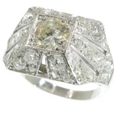 Sparkling Art Deco 3.78 crt diamond cocktail engagement ring by Unknown