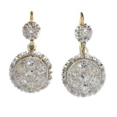 Art Deco diamond short hanging earrings by Unknown