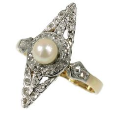 Late Victorian rose cut diamonds ring with pearl by Unknown Artist