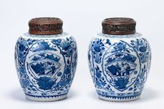 A pair of Kangxi blue and white ginger jars