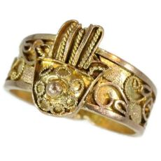 Antique ring from empire era gold filigree hand of fatima by Unknown