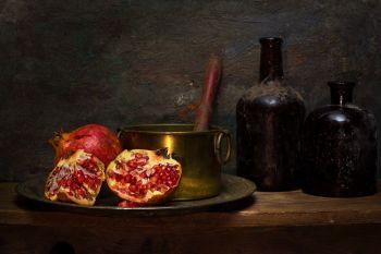 Grenate on plate  by Mos Merab Samii