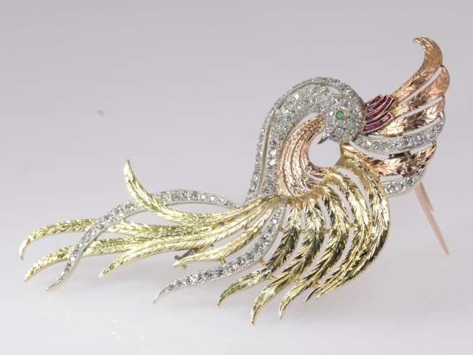 Typical Vintage Fifties brooch bird of paradise tri-colour 18K gold by Unknown