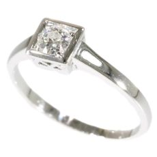 Charming diamond Art Deco engagement ring by Unknown Artist