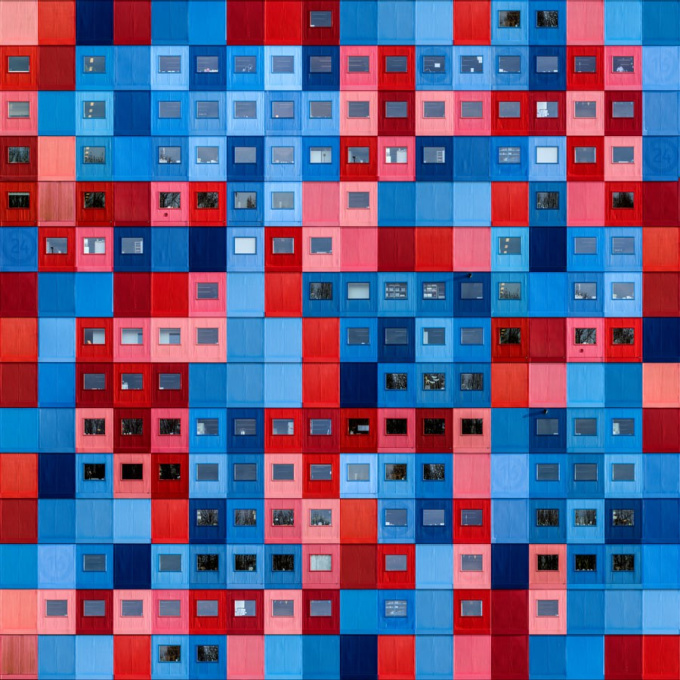 Shuffle in Blue and Red by Paul Brouns
